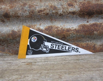 Vintage Pittsburgh Steelers Football Team 1990s Era NFL Small 9 Inch Mini Felt Pennant Banner Flag vtg Collectible Vintage Display Sports
