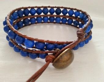 Double wrap. leather bracelet, brown leather, vintage tan, dark blue 6 mm magnesite gemstone