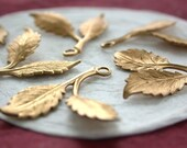 Leaves,Vintage Style,Supplies,Scrap booking,Collage,Craft Supplies,Jewelry Supplies,Made in USA,Wedding Supplies,Brass Leaves STA-161