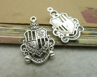 30pcs 19*28mm antique silver shield charms pendant C7099