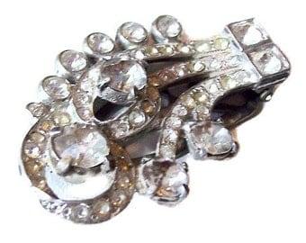 "Art Deco Rhinestone Fur Dress Clip Clear Ice Silver Cast Metal 2"" Vintage"