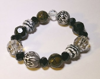 Bracelet, black leopard stretch bracelet, various black glass beads, FREE USA shipping only, #B966