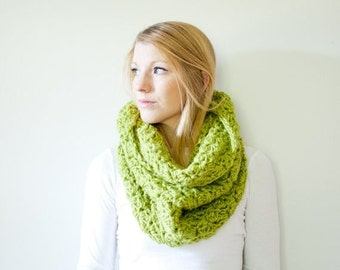 SUMMER SALE The CHARLOTTE cowl - Chunky Cowl Scarf Shawl Hood - Apple - limited quantities