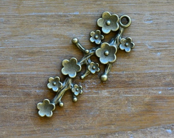Long Flower Stem Charm -  Vintage Style Pendant - Flowers Branch Botanical Charms Jewelry Supplies (BC021)
