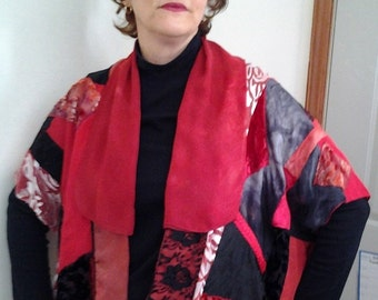 Short Red and Black Kimono