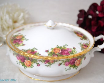 ON SALE Royal Albert Old Country Roses Covered Vegetable Bowl, English Bone China Dinnerware, Replacement China, ca 1980