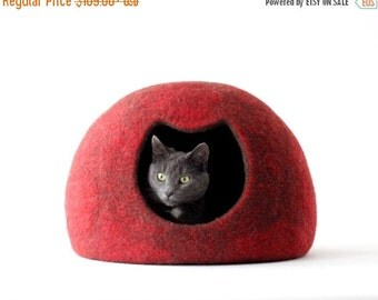 SALE Cat bed - red cat cave - felted wool cat house - red brown cat bed - made to order - Christmas gift