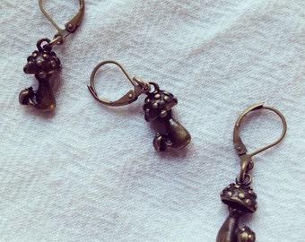 Brass Toadstool Stitch Markers
