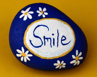 Painted garden rock, river rock, painted pebble, smile, inspirational, daisies, flowers, blue and white, convalescent gift, word