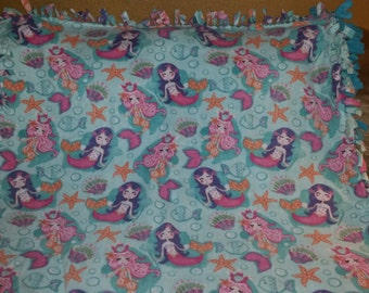Mermaid Fleece Tie Blanket