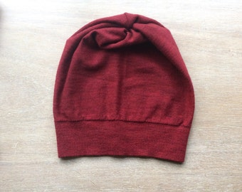 Merino hat in red, beanie- women's hat, knit hat, present for her