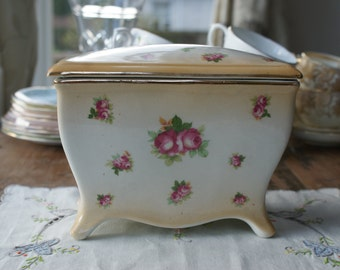 Vintage continental china lidded box