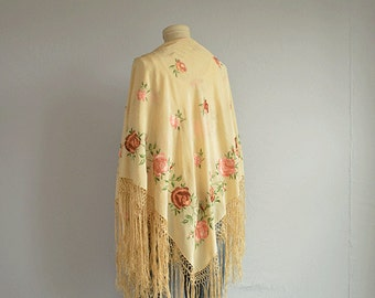 Vintage Embroidered Silk Fringed Shawl / Cream Pink Embroidered Silk Piano Shawl Scarf