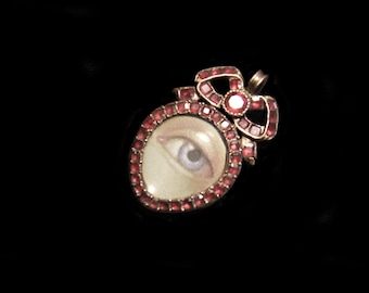 Exquisite Georgian Gold & Table Cut Garnet Tiny Heart Pendant Charm With Blue Lover's Eye Miniature Painting