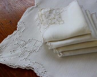 Vintage Linen Tablecloth 4 Napkins Cutwork Table Cloth Set White Topper