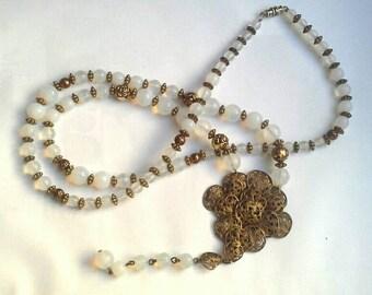 Vintage Art Deco Milk Glass Bead Lariet Y Necklace 1920s Flapper Antique Filigree Pendant