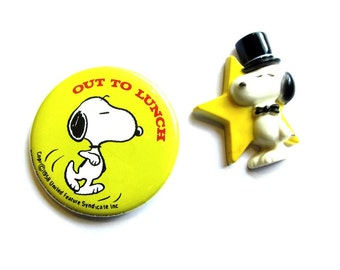 """Yellow Snoopy Pinback Button """"Out To Lunch"""" Collectible Peanuts Dog Button Badge"""