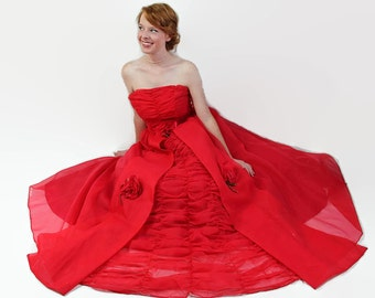 50s 60s Prom Dress / Red / Vintage Wedding / Organdy