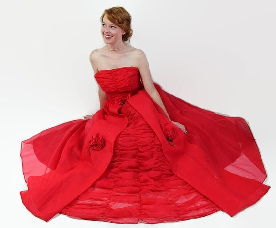 50s 60s Prom Dress / Red / Vintage Wedding / Organdy