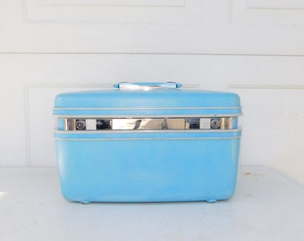 Vintage Samsonite Silhouette Blue Cosmetic Make-up Suitcase Train Case With Key