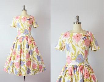 vintage 60s dress / 1960s floral cotton dress / fit and flare dress / pastel floral sun dress / full skirt summer dress