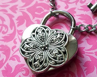 VICTORIAN WEDDING Small Flower - Stainless Steel Necklace Heart Lock