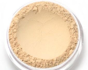 "Mineral Wonder Powder Foundation - ""Vanilla"" - light shade with a neutral undertone - vegan makeup"
