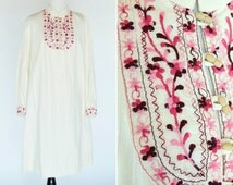 Vintage 1960's Lady Shaheen Boho Mod Dress - Pink Embroidered Long Sleeve 60's Dress - Cotton Summer festival Dress - ladies Size Large