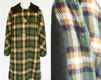 Vintage 1950's Green Plaid Wool Coat - Faux Fur Lined Coat - British Style Heavy Winter Coat - Sherlock Holmes Coat - Size Medium to Large