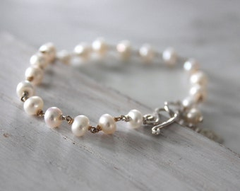 White Pearl  Bracelet with Silver Charm- Silver Disk Charm-Fresh Water Pearl Jewelry - Hand Wire Wrapped