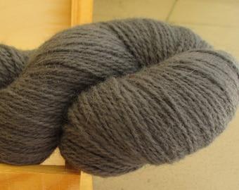 100% Wool yarn for knitting Grey 100g N 6/2