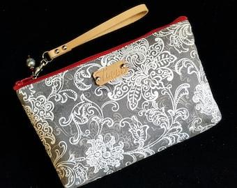 Floral Wristlet - Gray wristlet - Gray Clutch - Gray/Red wristlet - Handmade - Handbag - Wristlet with leather