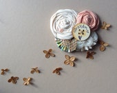 Grandma Pin //  Burlap + Floral Baby Shower Pin for Grandma to Be  //  Ready to Ship Grandmother Pin