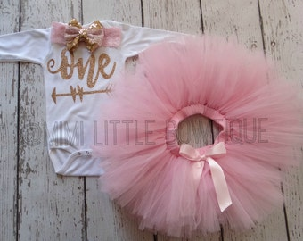 First Birthday Girl gold bodyau with pink tutu set - First Birthday Outfit- First Birthday Outfit- Pink tutu-cake smash-Glitter one birthday