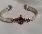 Spoon Bracelet, Silverware Jewelry, Spoon Jewelry, Vintage, Fleur-de-lis