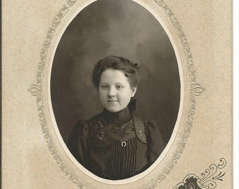 Vintage 1890's Cabinet Photograph of Young Girl Neche, ND