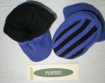 Cashmere slippers, PEAPOD baby booties, soft slippers, purple and black, double thick 100% cashmere, size 3-9 months