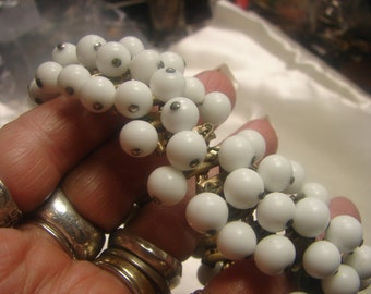 White Beaded Expansion Bracelet from 40's- 3ounces-8mm beads-from 1940's