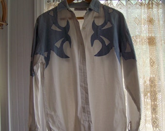 SALE! Vintage Womens Southwestern Button Down in Denim and White: M