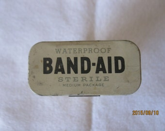 VINTAGE  Tin BAND-AID Box