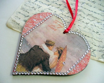 Wood Heart Ornament, Package Decoration, Decoupoge Heart Bookmark, Bookmarker, Paper Bookmark, Ornament, Valentine Tag, Heart Gift Tag