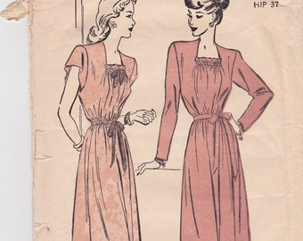 1940s Misses Pullover Dress Vintage Sewing Pattern - Advance 4578 - Size 16, Bust 34, Complete