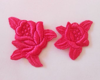 2 pink cotton roses