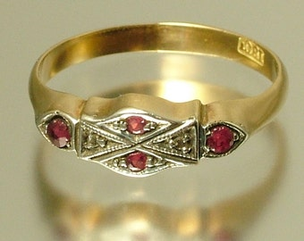 Vintage antique Art Deco 1920s 18ct 18kt yellow gold, diamond chip and ruby geometric ring - jewellery, estate jewelry
