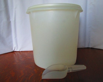 Vintage Tupperware Canister and Scoop