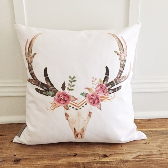 Shabby Chic Deer Pillow : Spring Aztec Pillow Cover
