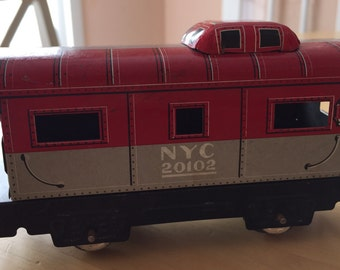 Vintage 1940s Marx tin caboose train