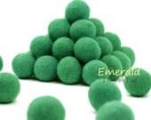 ORG-EM Felt Balls -  2.5 cm - 25 count - Emerald