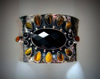 Vintage ONYX/TIGER EYE Cuff Bracelet with Amber Accents -- Heavy 64.4 Grams, Lightly Hammered, For Larger Wrist, Gorgeous Color for Fall!!