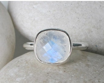 SALE Square Moonstone Ring- Rainbow Moonstone Ring- June Birthstone Ring- Promise Ring- Gifts for Her- White Gemstone Ring